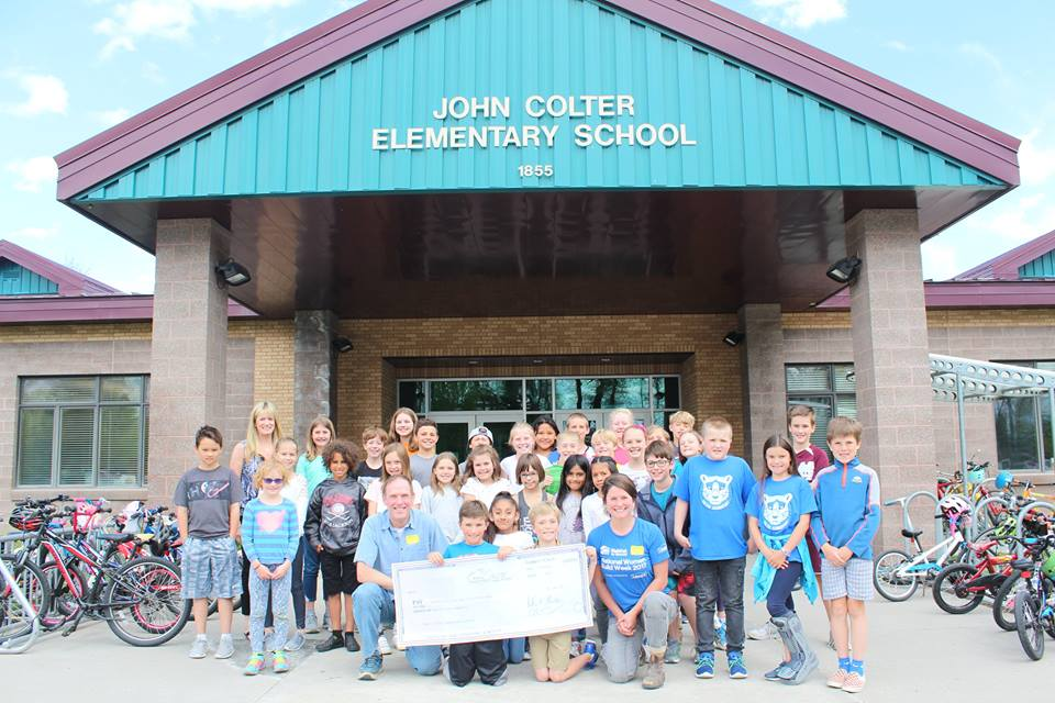 CES Student Leaders Give Check to Habitat for Humanity